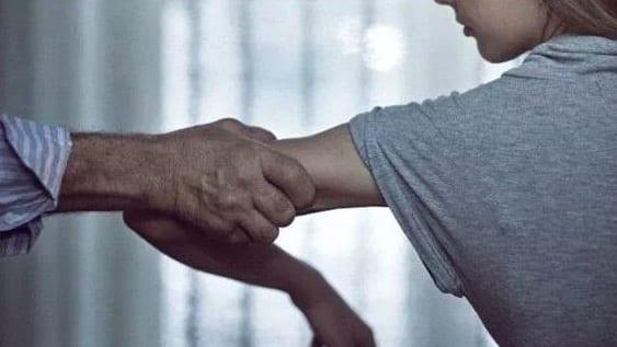 إدانة أربعيني اغتصب قاصرات في إفران